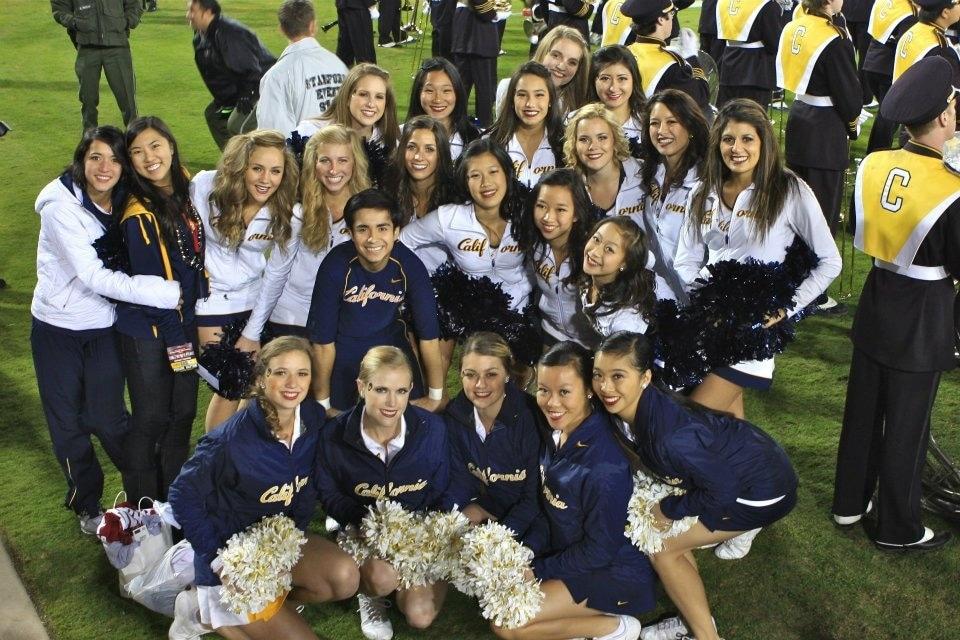 Cal Cheerleading team poses