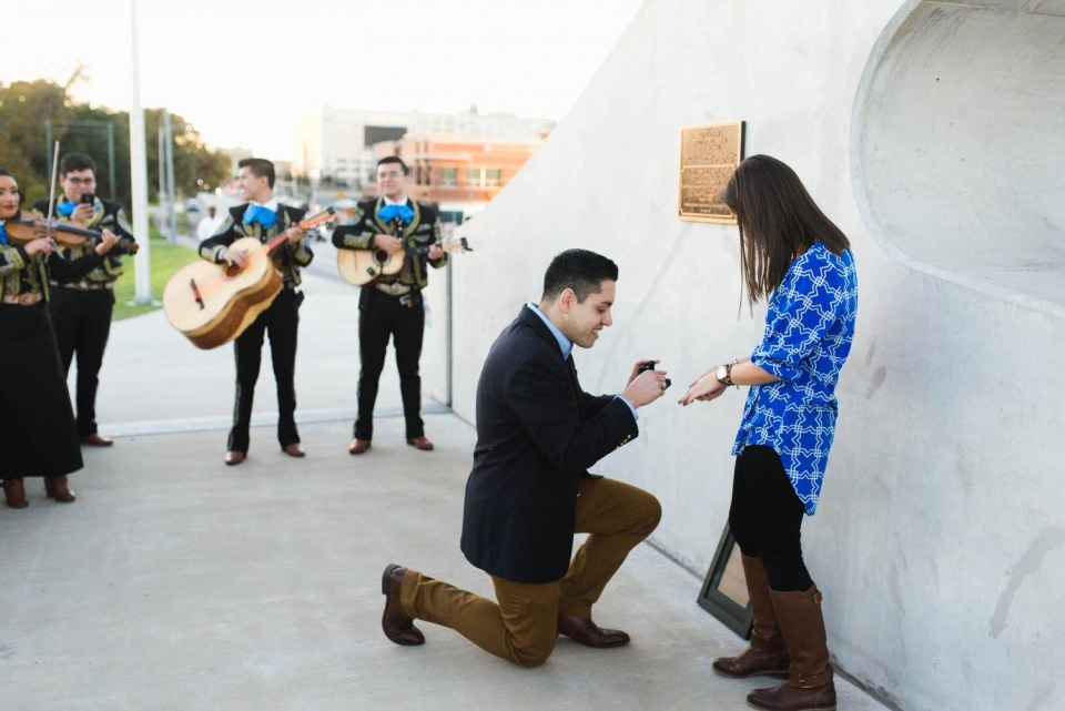 A man proposes to a woman