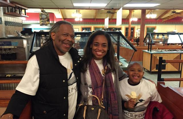 From left to right: Bernard Collins, Lagra Newman (Los Angeles '05), and Kobie Collins in Selma.