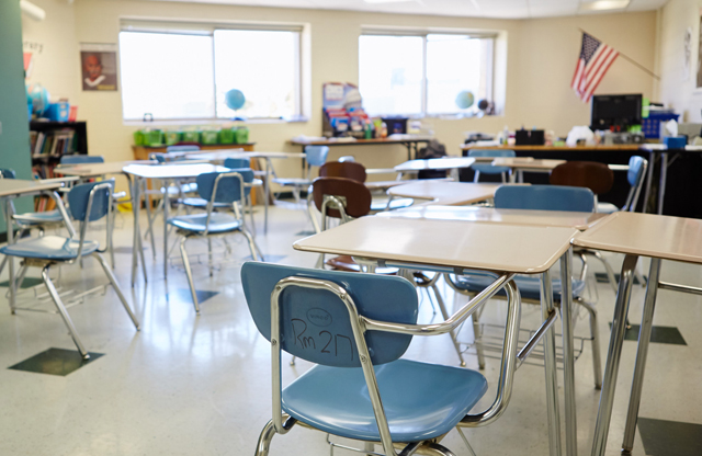 The Pros And Cons Of 3 Common Classroom Seating