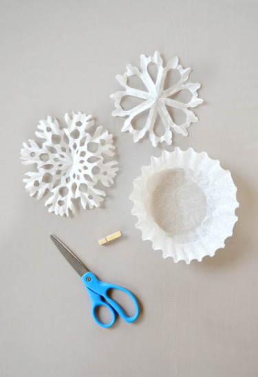 diy paper snowflakes coffee filter